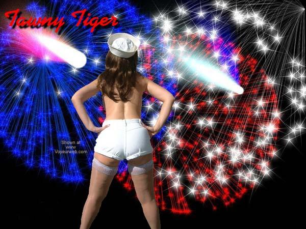 Pic #2 - *YO Tawny Tiger