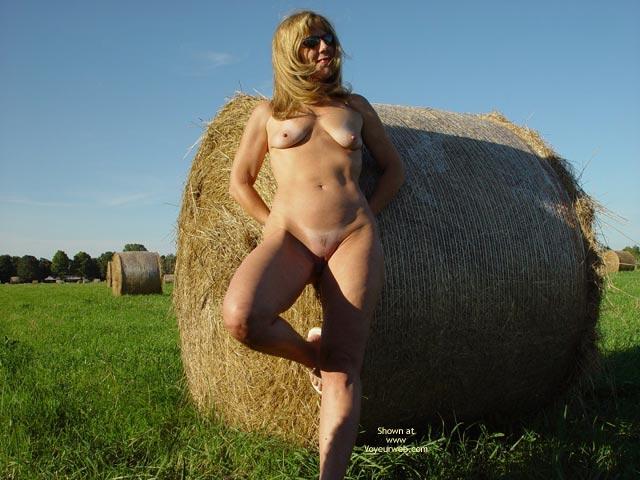 Pic #4 - Natasha Rolls In The Hay