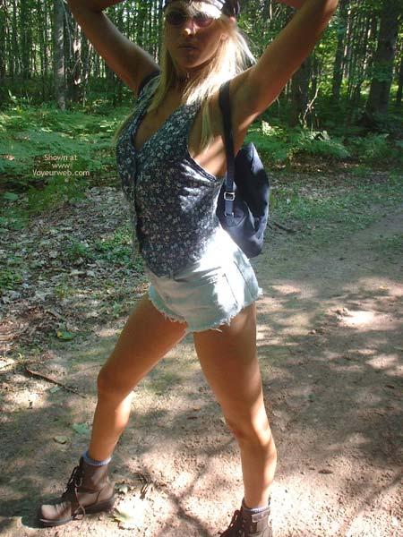 Pic #1 - Nikkie Goes Hikiing