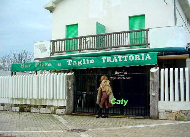 Pic #1 - Caty in Liguria