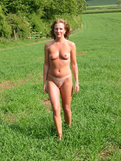 Pic #4 - Saucyminx In The Countryside