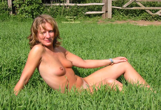 Pic #7 - Saucyminx In The Countryside