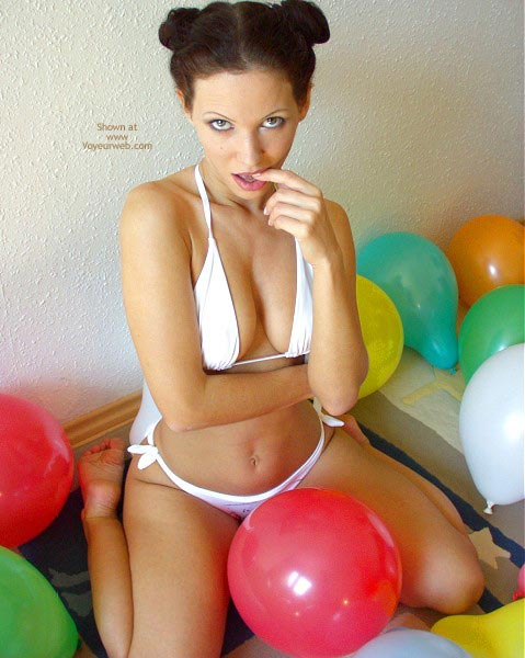 Pic #4 - Angelina With Balloons