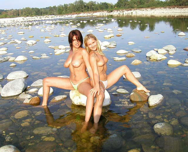 Pic #7 - *Gg Lesbo On The Stones