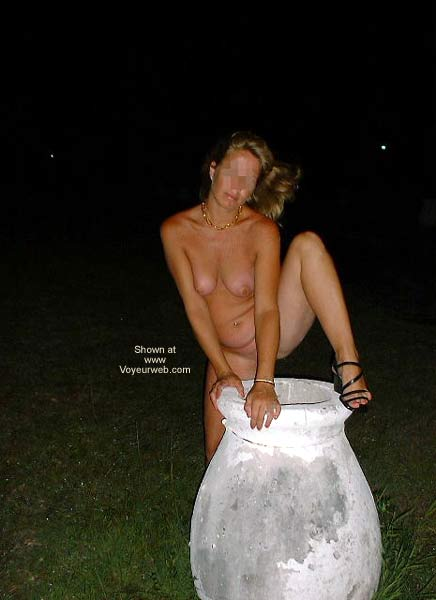 Pic #5 - Sexy Wife Outdoors!!