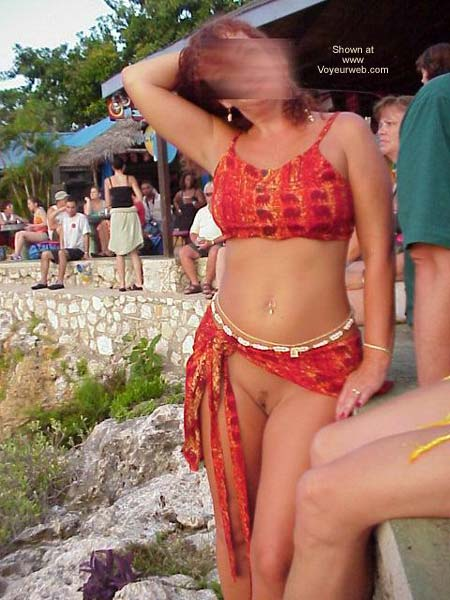 Pic #4 - Dannie in Jamaica
