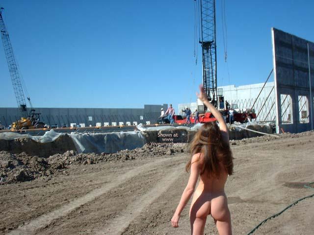 Pic #3 - Heide Totally Naked!!!