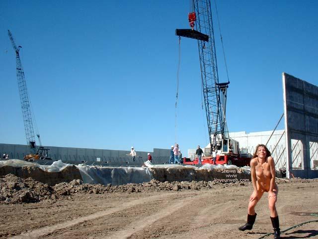 Pic #4 - Heide Totally Naked!!!