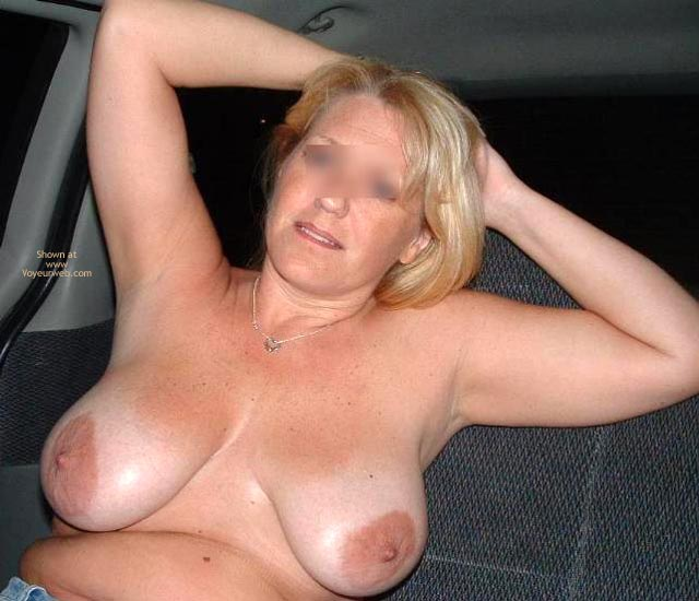 Pic #5 - Backseat With Mrs. Boobman