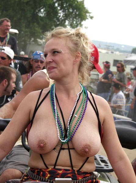 Pic #7 - Biker Rodeo Chick Swallows Her Nipples!
