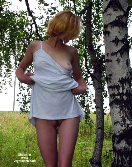 Pic #9 - Beauty White Girl in Forest