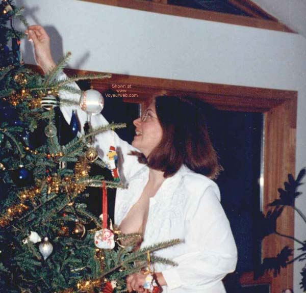 Pic #6 - Lila Trimming The Tree