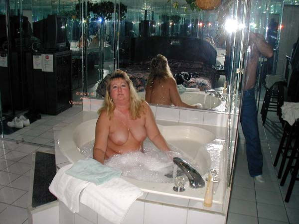 Pic #2 - Toni in The Hot Tub