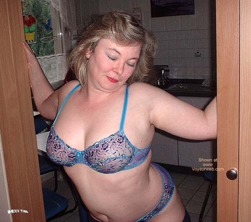 Pic #1 - Sexy Tina's Striptease 1