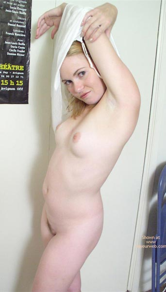 Pic #1 - Nude Pose - Full Frontal Nudity , Nude Pose, Full Frontal Nudity, Don T You Want Me Look, Blonde Nude Arms Above Head