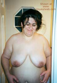 Pic #4 - Showing Wifes Titties