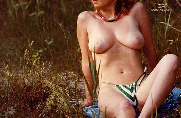Pic #5 - Italian Babe Posing Naked