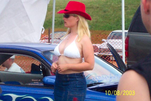 Pic #8 - Last Of Local Truck Show Wet T'S