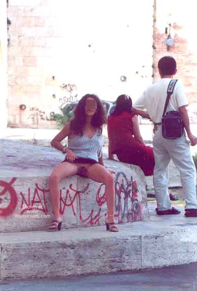 Pic #2 - Angela sull'Isola Tiberina