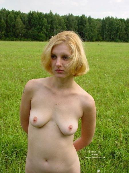 Pic #6 - Beauty White Girl in Forest