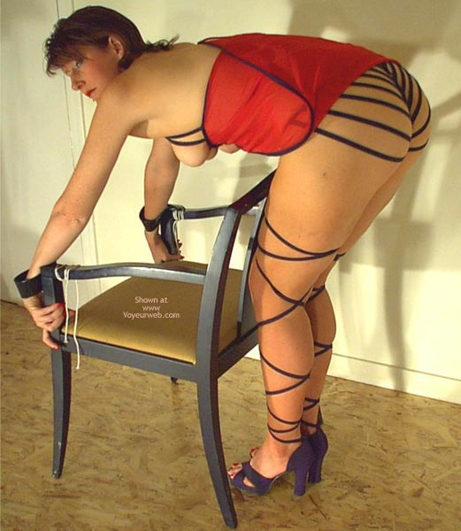 Pic #3 - Red Hot & Strapping  Invogue