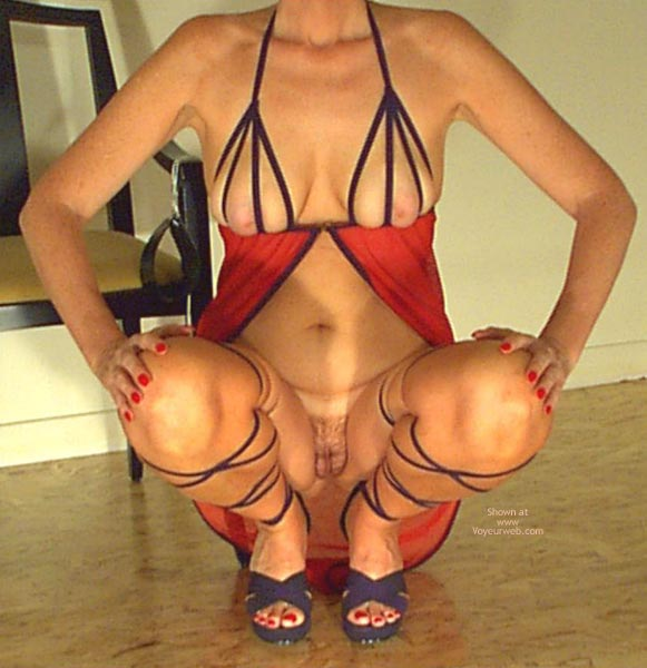 Pic #9 - Red Hot & Strapping  Invogue