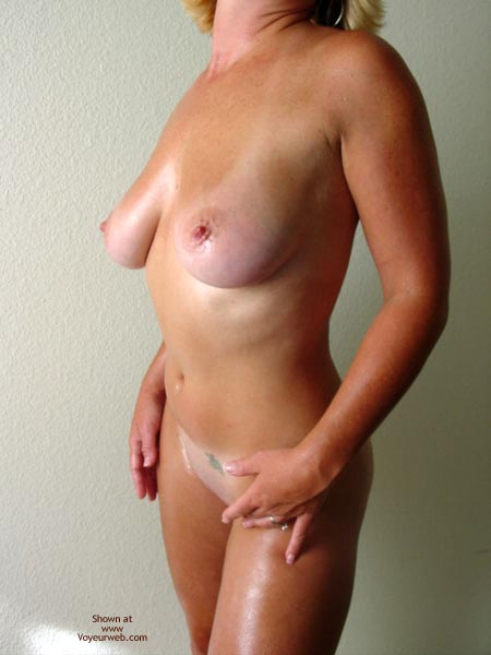 Pic #3 - Tawni Gets Oiled Up