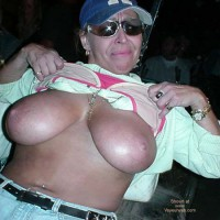Tit Alley 30