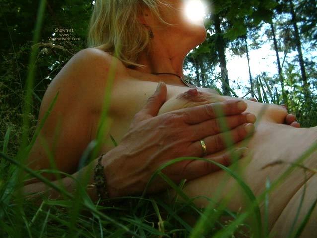 Pic #5 - Anni Naked Natural