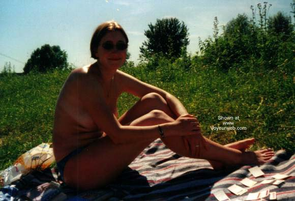 Pic #1 - Hanna Sunbathing