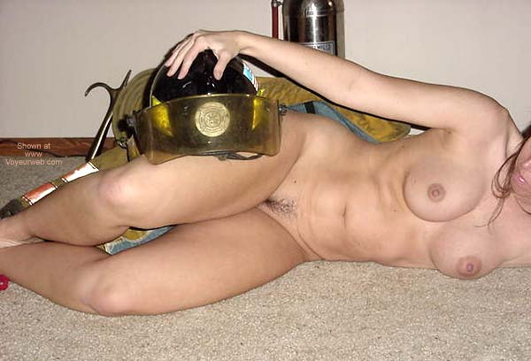 Pic #5 - FireFighter's Hottie