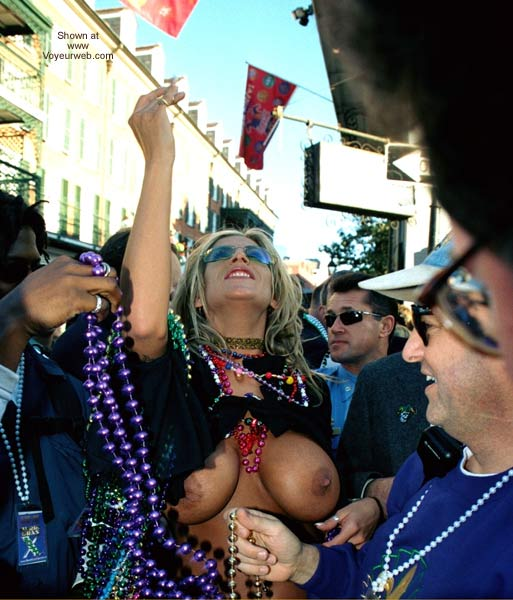 Pic #5 - More Mardi Gras Happiness 2