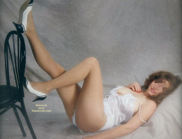 Pic #4 - Dakota Wife