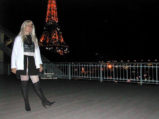 Pic #2 - Caroline A La Tour Eiffel