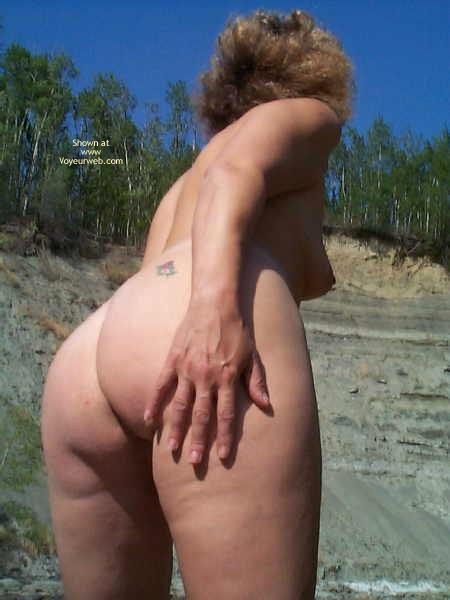 Pic #6 - Lynn'S Butt Show 2