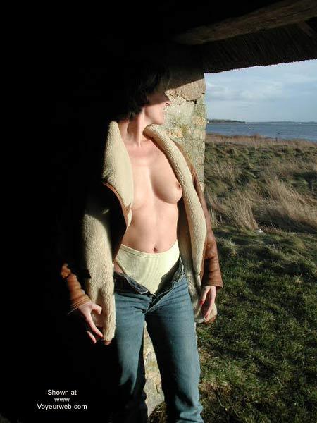 Pic #1 - Kristin Bravin' The Cold
