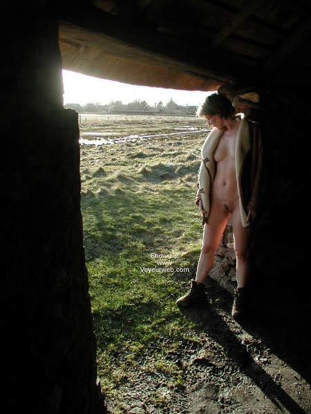Pic #3 - Kristin Bravin' The Cold