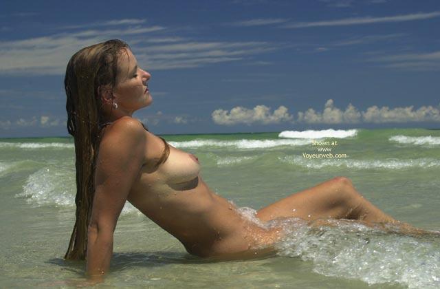 Pic #10 - Tsunami Merci Goes Naked Surfing