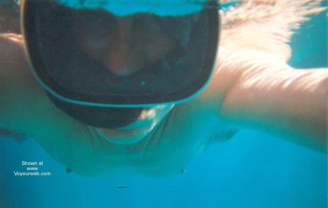 Pic #1 - UW Swimmer Again