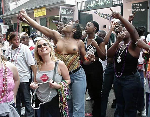 Pic #6 - Mardi Gras Pictures 2002