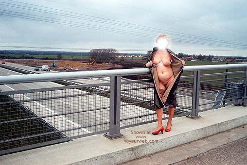 Pic #3 - Mausi Nude in Public