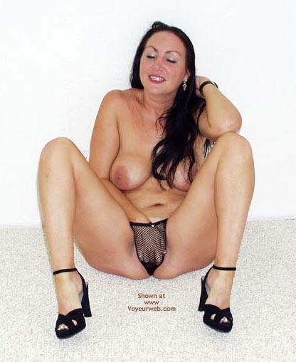 Pic #5 - Little T'S Hands In Panties