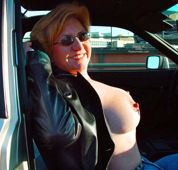 Pic #7 - NippleGirl Goes Public 1