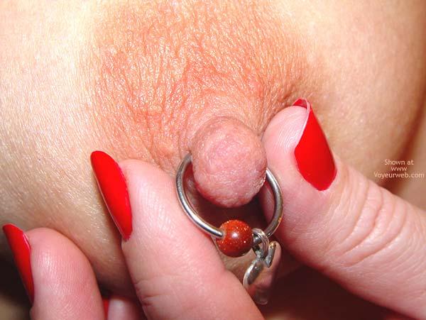 Pic #10 - NippleGirl Goes Public 1