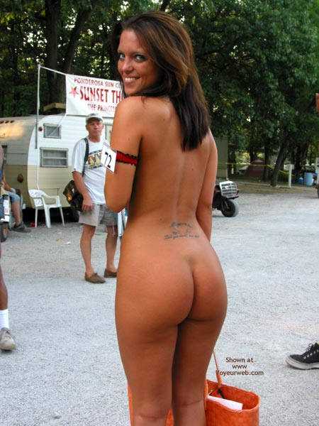 Pic #3 - Nudes A Poppin August 2003 1