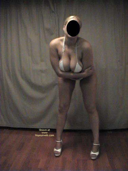 Pic #2 - Nice Big Tits! Hot Amber
