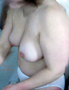 Pic #4 - 38 yo Wife After Bath