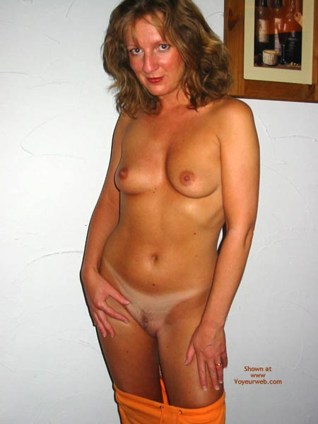 Pic #6 - Saucyminx Hooters Girl