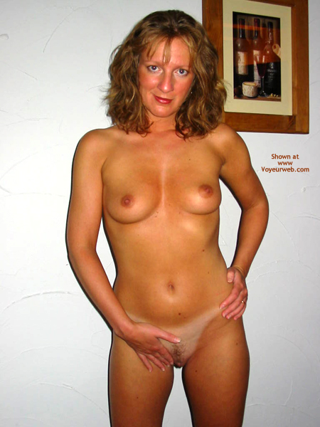 Pic #7 - Saucyminx Hooters Girl