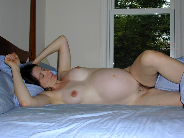 Pic #4 - One Sexy Pregnant Lady